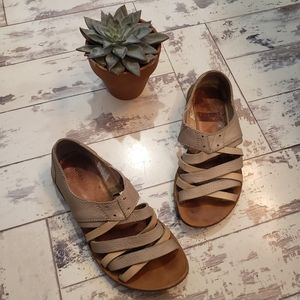 "Sorel ""Lake"" Shoe Sandals Leather Size 7"